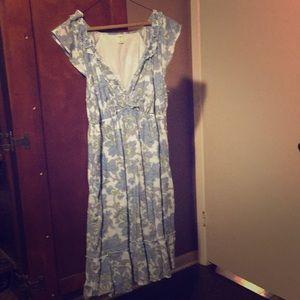 V-Neck Ruffled Linen Dress